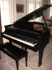 Voss & Bros (Boston)  baby grand piano, priced at $3000, accepting bids over $1500