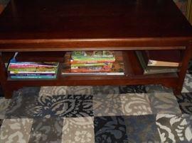 Wood coffee table w/shelf