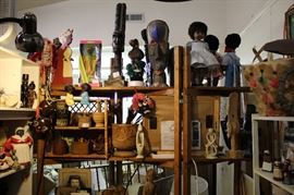 Assorted Ethnic collectables