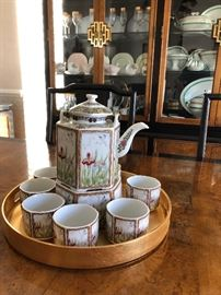 Tea service  6 sided teapot with metal handle with 6 cups