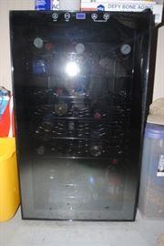 Avanti wine refrigerator  - 34 bottle capacity