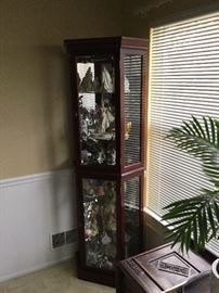 Curio cabinet - contents not included $125