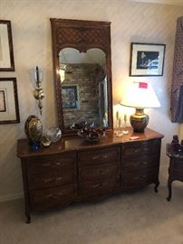 Thomasville dresser with mirror
