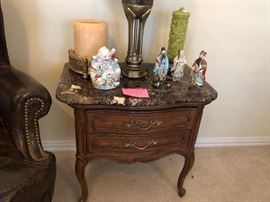 2 matching Thomasville nightstand with granite tops