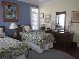 beds, nightstand, dresser with mirror
