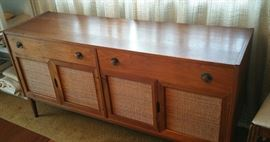 knockout mid century sideboard - gorgeous, excellent condition!