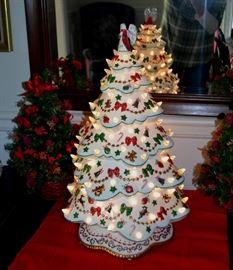 "Danbury Mint ""Christmas Magic"" lighted tree"