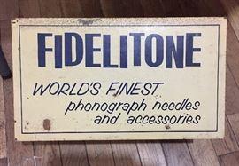 Fidelitone World's Finest Phonograph Needles & Accessories Metal Case