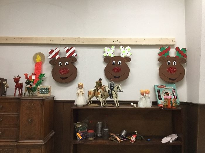 Vintage christmas and toy items