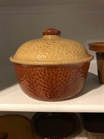 Rare Kla hammrd Pot