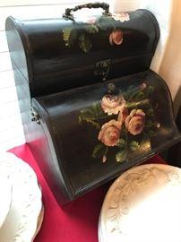 Neat Painted Box