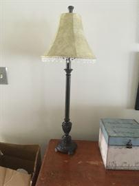 Cute little bedroom lamp!!