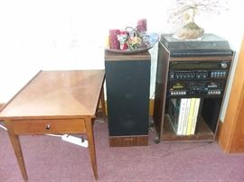 VINTAGE STEREO, WOOD END TABLES