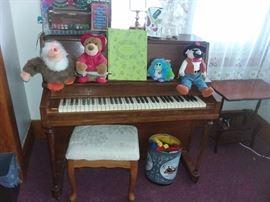 MINI WORKING PIANO