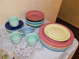 Nancy Calhoun dinnerware