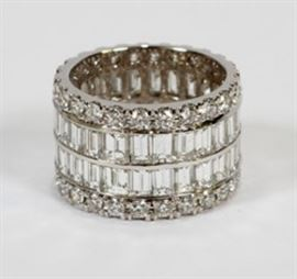 "11.25CT DIAMOND (F-G, VS-2) & 18KT WHITE GOLD ETERNITY REVOLVER RING, W 1/2"", SIZE: 6.75, 10.1 GRAMS Lot # 2053"