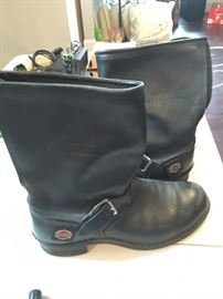 MENS SIZE 12 HARLEY BOOTS