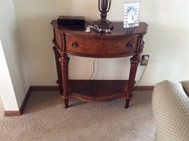 vintage Traditional solid wood foyer table