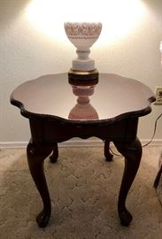 Queen Anne Style End Table, Vintage Glass Lamp with Gold Details