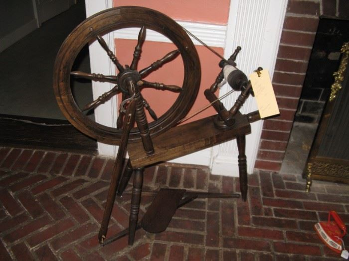 Early 19c Saxony type spinning wheel