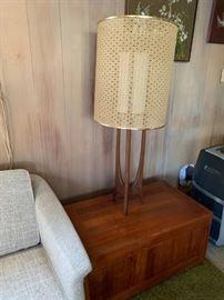 MCM tripod lamp