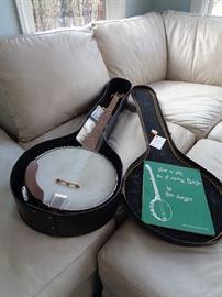 banjo w/case