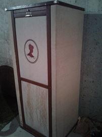 001 Vintage Cardboard Closet