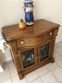 Country oak side table/nightstand