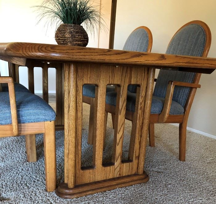 "Solid Oak Dining Table 6'9"" x 3' 7"" w/ 4 Arm Chairs (leaf -23 1/2"") Wambold Fine Furniture"