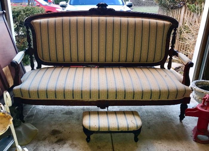 Stunning, antique- Victorian Setee and small foot stool
