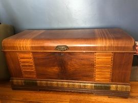1930s cedar chest with inlaid detail - beautiful condition