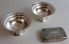 pair of sterling footed bowls, 900 silver case