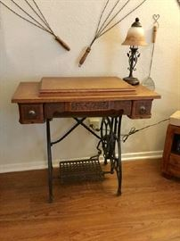 Treadle sewing machine; Accent lamp
