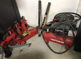 Craftsman 125 PSI Air Compressor, Multiple Jacks