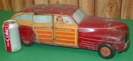 Wyandotte Toys Metal Toy Town Estate Car