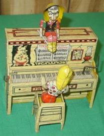 1945 Tin Windup L'IL Abner The DogPatch 4 Toy