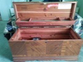 Lane cedar chest in excellent condition