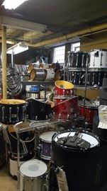 Lots of used Musical Instruments & Drums