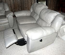 NICE Like New Reclining Couch Sofa & Love Seat