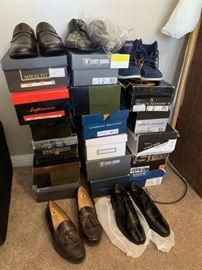 New & Pre-owned Mens Shoes
