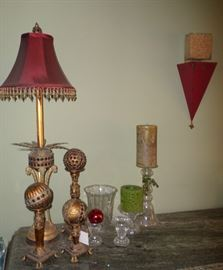 some of the decorative items & lamps