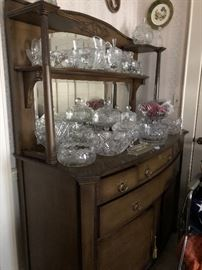 ANTIQUE SERVER WITH LOTS OF GLASS