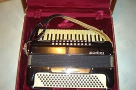 Vintage Excelsior accordiana and case