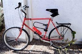 Men's Schwinn bike for sale.
