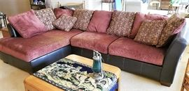 Modern sectional sofa in fantastic condition!