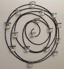 Spiral votive holder
