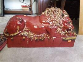 LARGE FLOOR SCULPTURE OF LION