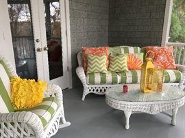 Fabulous Wicker Porch Furniture