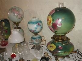 VINTAGE GONE WITH THE WIND LAMPS (LARGE GREEN ELECTRIFIED)