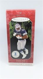 LOT 1 HALLMARK KEEPSAKE ORNAMENT EMMITT SMITH FOOTBALL LEGENDS COLLECTOR SERIES CHRISTMAS ORNAMENT